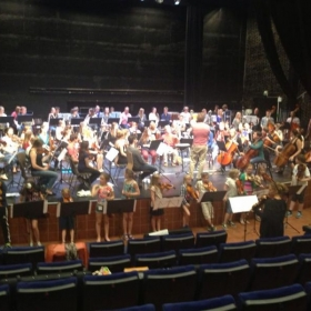 Leading the youth orchestra for our final concert in Toppen!