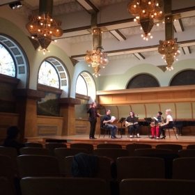 Alastair leading a master class during Dasch Quartet's visit to Chicago Roosevelt University