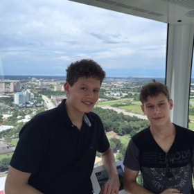 Off location with George and Sabi students from Germany at the Orlando Eye on IDrive (2016)