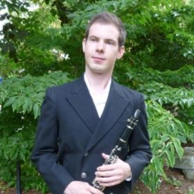 Profile_112501_pi_Clarinet%20headshot