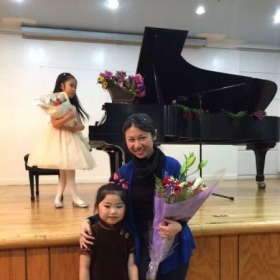 RUBY STUDIO Students' Recital. The little girl is going to participate a competition!
