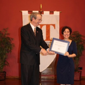 Receiving the Excellence Academic Award 2015 at UTRGV.