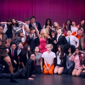 "Cast of ""Legally Blonde"" - 2016"