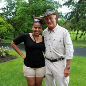 Hanging out with Jungle Jack Hanna after teaming up for a special performance at the Zoo's Rwandan Fete!