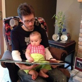 Story time with baby Elodie. 