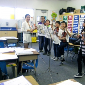 Ms. Wang teaching at Rice Elementary School in Rosemead