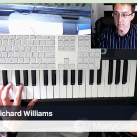 Teaching a student online with a simultaneous view of the keyboard