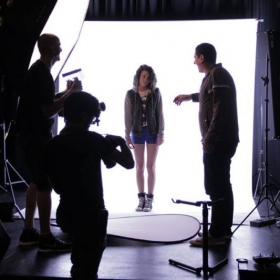 Behind the scenes of a photoshoot I did for a cover song!