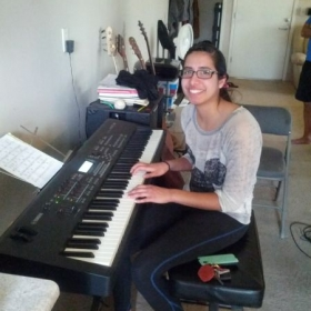 student pianist emily