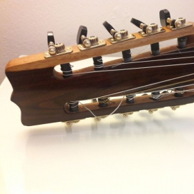 10 string classical guitar - Tuning machines.