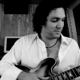Recording some track with a Gibson 335 for a Latin Jazz Project