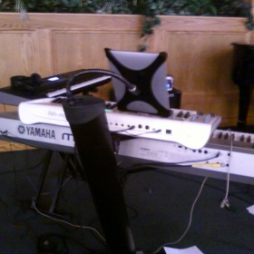 Trained in a variety of Contemporary Worship music technologies