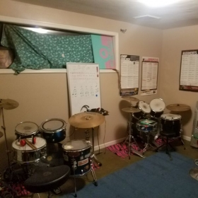 Learn drums playing with your instructor at the same time.