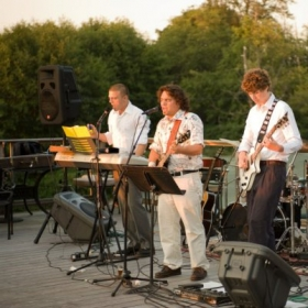 Country Club Gigs!
