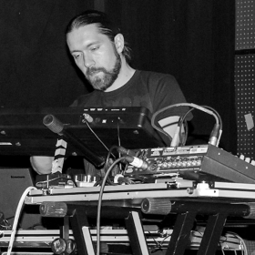 Performing synths and electronics with CLOAK, 2017