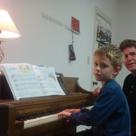 piano lessons are designed according to student's understanding of music and playing level