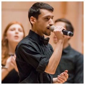 A performance with Tizmoret in Washington DC.