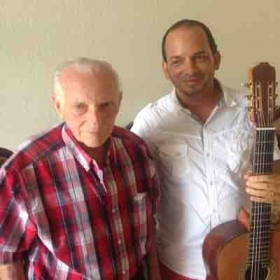 With Cuban Master Luthier Pablo Quintana. Miami 2017