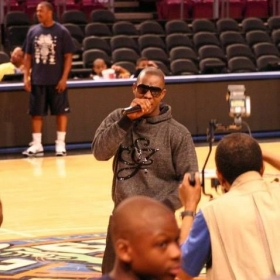 A live benefit concert at Madison Square Garden in New York City opening up for a liberty game.