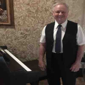 PLAYING PIANO AT ITALIAN RESTAURANT ON WEEKENDS
