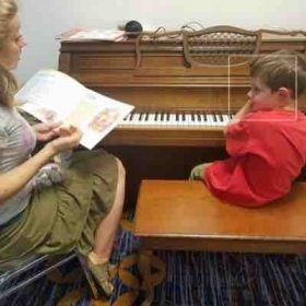 A first lesson with a new Little Mozart! Introducing the piano, as well as Beethoven Bear and Mozart Mouse.