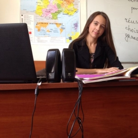 Getting ready for the class at the Alliance Française (Ukraine).