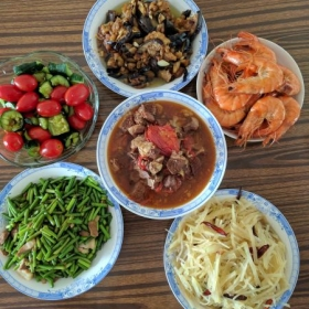 A simple Chinese home cooked meal