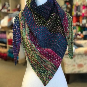 This beautiful shawl is the hugely popular Night Shift pattern by Andrea Mowry. It's surprisingly simple! Let's talk about prerequisites.