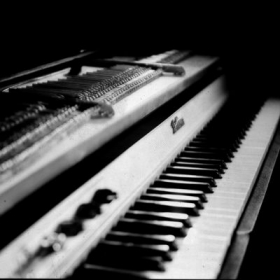 I enjoy the peace the sound of the piano brings to the atmosphere.