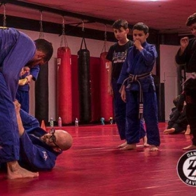 Teaching some spider guard to the teens class!