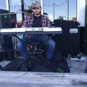 Love to bring the keyboard along to gigs for a few songs.