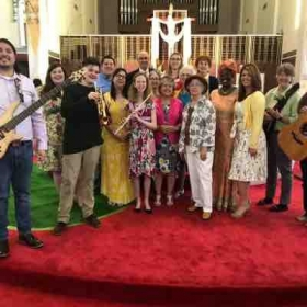 The contemporary choir and instrumental ensemble for Easter Sunday.