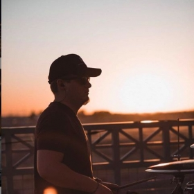 Drumming and sunsets; name a better combo!