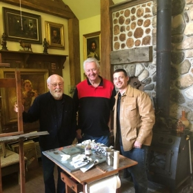 Timothy and fellow artist Larry Huggins (center) in the studio of portrait artist James Ingwerson.