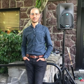 At a recent wedding performance in Portland.