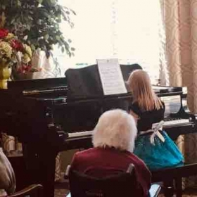Retirement home performance in Everett on 11.24.19. The students played wonderfully.