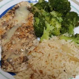 Grilled Chicken w/ Butter Sauce and Broccoli & Short Grain White Rice