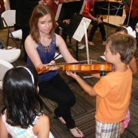 Impromptu lesson at an outreach performance