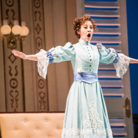 "Performing as Dorabella in Mozart's ""Cosi fan tutte"""