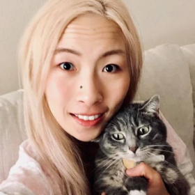"""me and my lovely cat """"Walnut"""""""