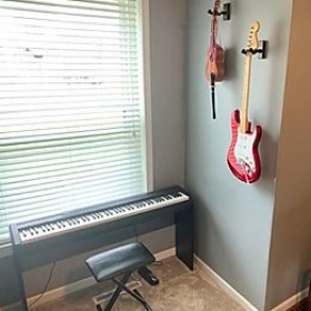 My electric piano area, allowing for MIDI interfaces and accompanying work.