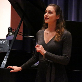 Photography by Rachel Meirson, Jessica performing in the Russian Opera Workshop 2018 Russian Romances Concert