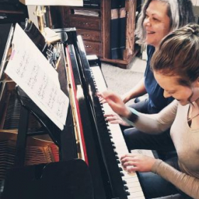 Laura teaches students of all ages. Lessons include lots of fun, games and duets.