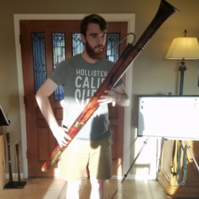 Trying out a Baroque Bassoon and learning that old bassoonists definitely must have had longer fingers than today!