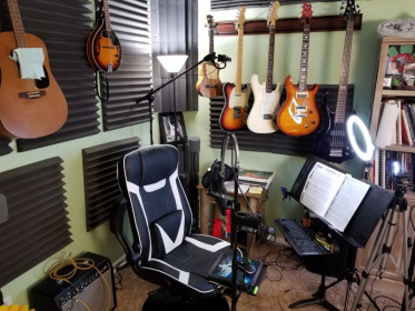 My online teaching setup with professional audio and video.
