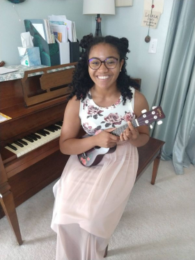Maya is pursuing a degree in Musical Theater. She studied voice, songwriting, and piano. College auditions and lead & supporting roles.