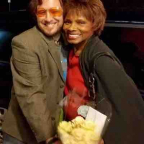 After show with actress Gloria Hendry who co-starred with Roger Moore in The James Bond movie Live and Let Die. Love her!