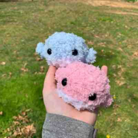 Cute fuzzy whales! Made from pipsqueak yarn