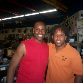 Alfred shorter jr and Victor Wooten hanging out talking bass chops.. Can I be your teacher?