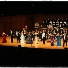 <Star Concert> Two piano concert with Insiem Pgilharmonic Orchestra in 2011